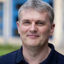 Dr Andrew Cox